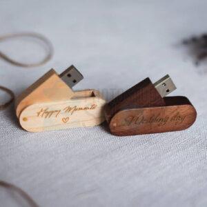 Овальная выкидная деревянная флешка