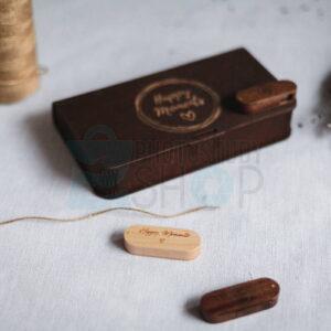 Деревянная коробка для фото с овальной деревянной флешкой с логотипом