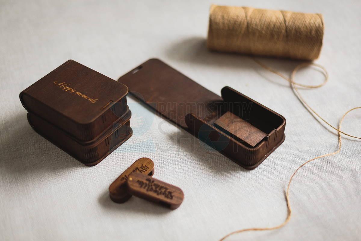 Коробка для флешки с логотипом Elipse