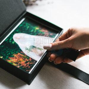 Картонная коробка для фото 10х15. Черный цвет