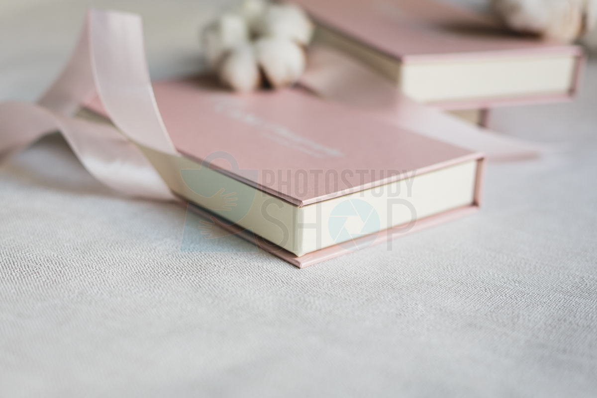 Картонная коробочка для фотографий 10х15