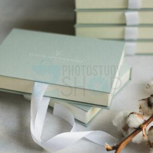 Стильная картонная упаковка для фотографии